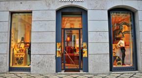 Hermès' Deputy Managing Director Exits After LVMH Distributes Stake