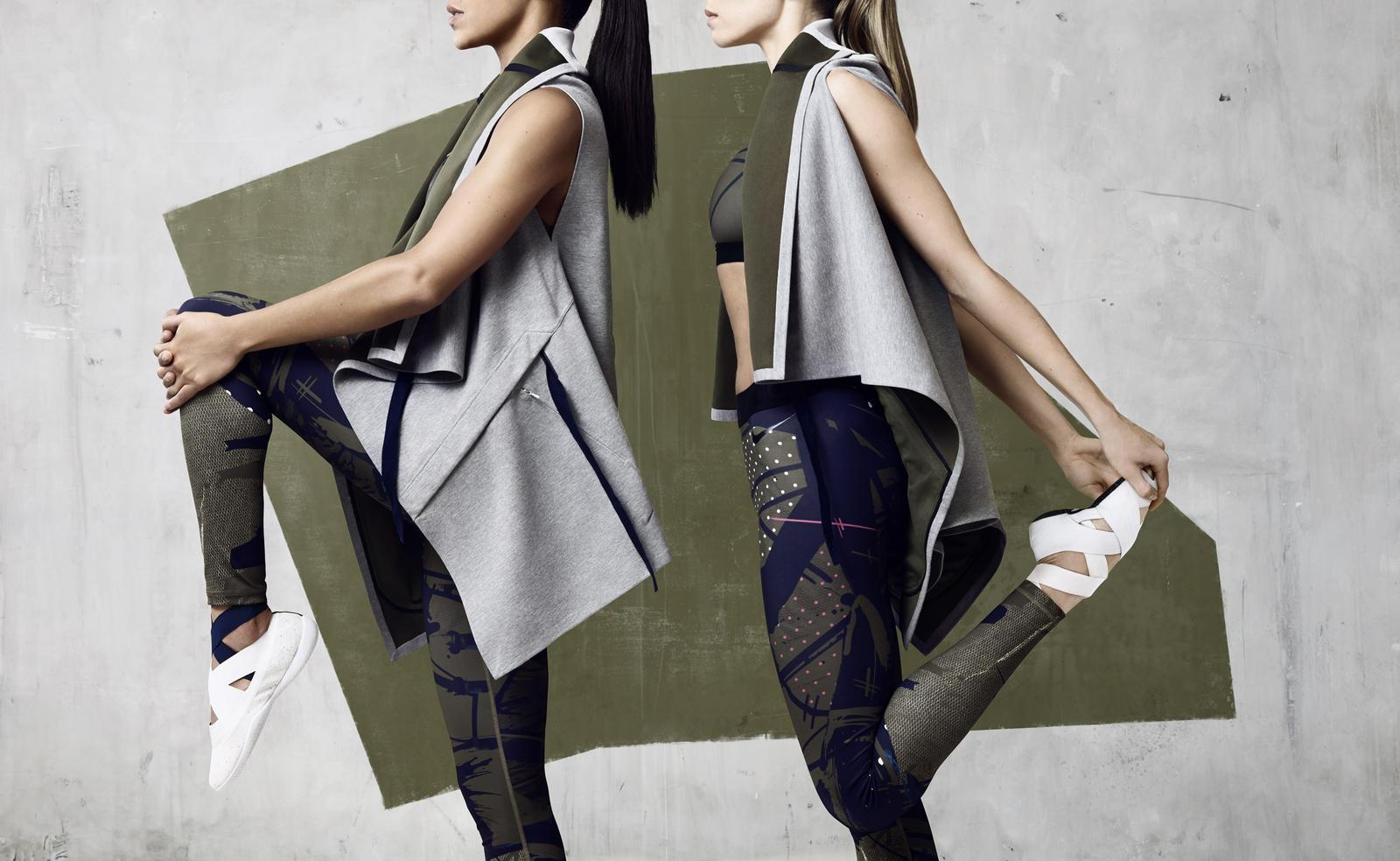 Nike Acg Womens Clothing