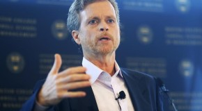 Nike CEO Mark Parker Recommended to Replace Phil Knight as Chairman