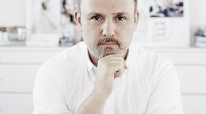 Peter Philips, Makeup Maestro