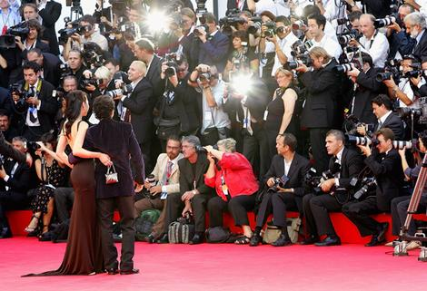 Hollywood stars take on the red carpet