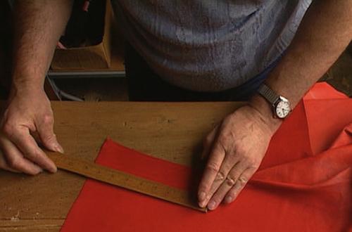 The making of a Birkin bag | Source: Hermès