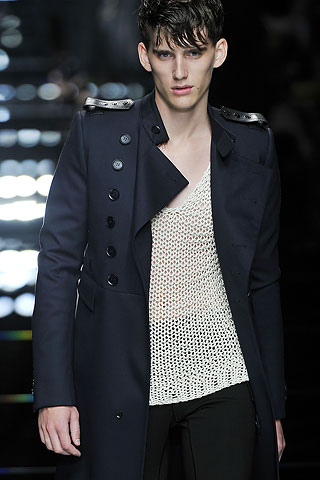 Burberry Spring/Summer 2011 | Source: Style.com
