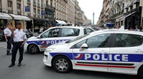Armed Thieves Attack Colette Store in Paris