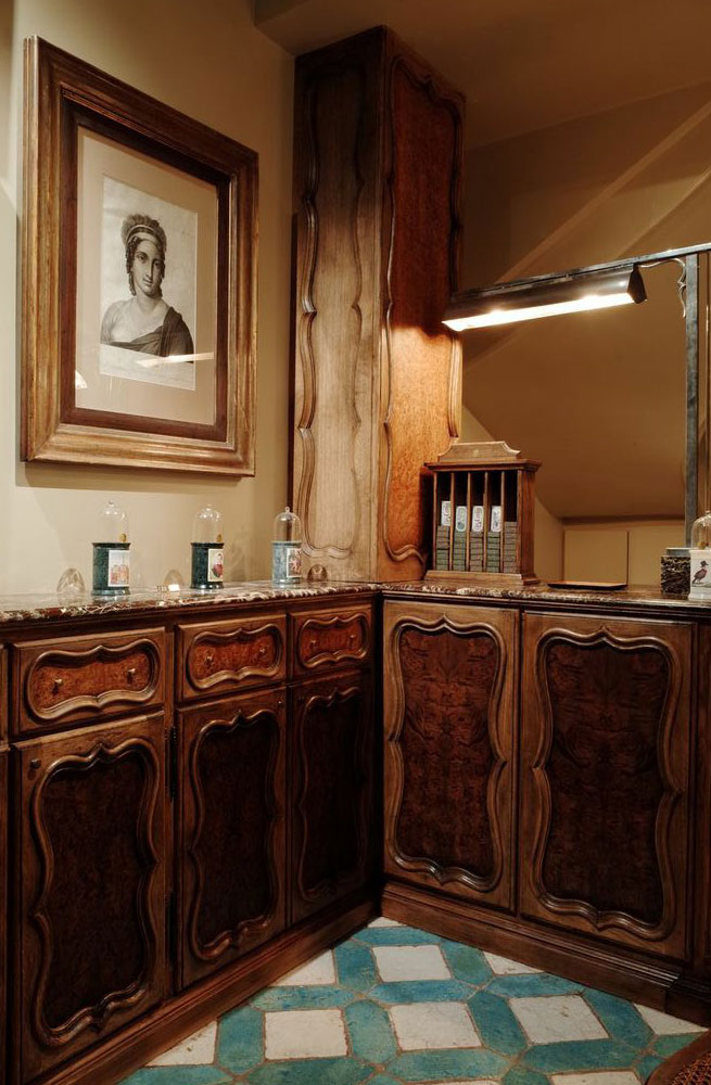 former cire trudon co owner revives historic beauty brand. Black Bedroom Furniture Sets. Home Design Ideas