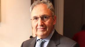 Net-A-Porter CEO Retires