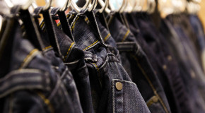 Amazon Favours Brands Like Burberry, Levi's with 'Pay to Play' Strategy